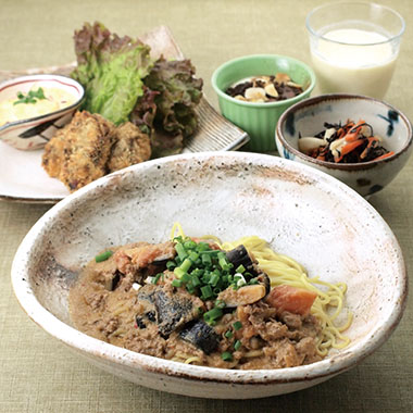 オーガニック坦々麺など美味しい5品